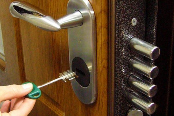apertura porte blindate brescia Le porte di serramenti brescianet sono concepite per avere la massima resa tra estetica e funzionalitá porte blindate apertura motorizzata e ampi ascelta.