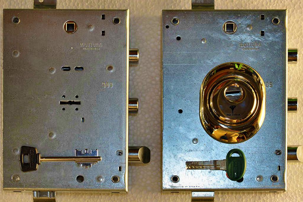 Assistenza serrature san paolo tel oppure for Serratura bloccata chiave non gira